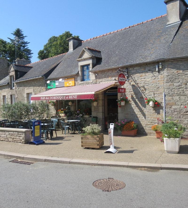 café chez Dominique et René